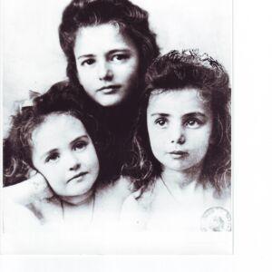 Maria, Nadeja si Elise Stirbey - aprox. 1900